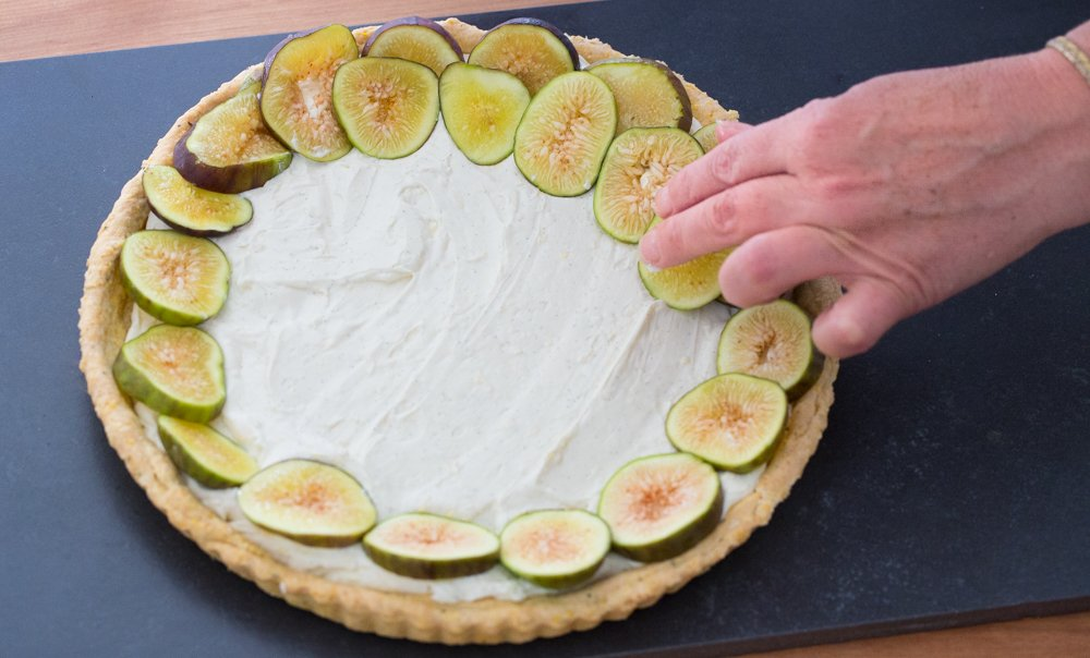 Fig Tart with polenta crust & lemon mascarpone cream how to.