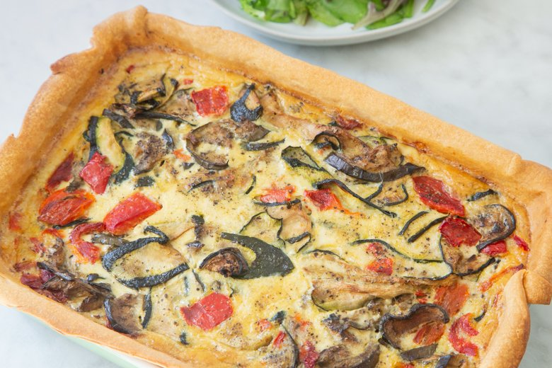 How to make Colorful veggie quiche
